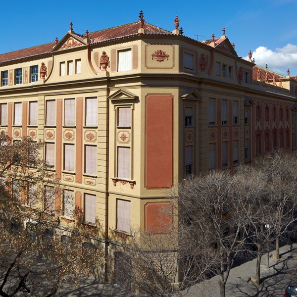Escola Milà y Fontanals